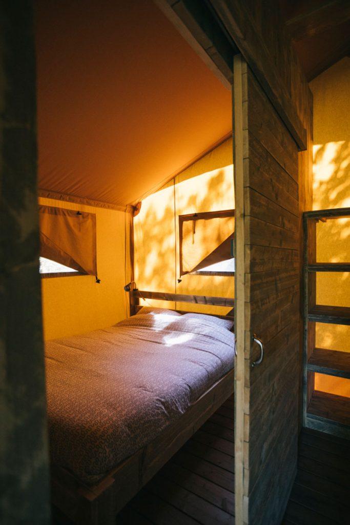 Tester le Glamping autour de Toulouse : une tente safari dans le Tarn et Garonne. crédit photo : Clara Ferrand - blog Wildroad
