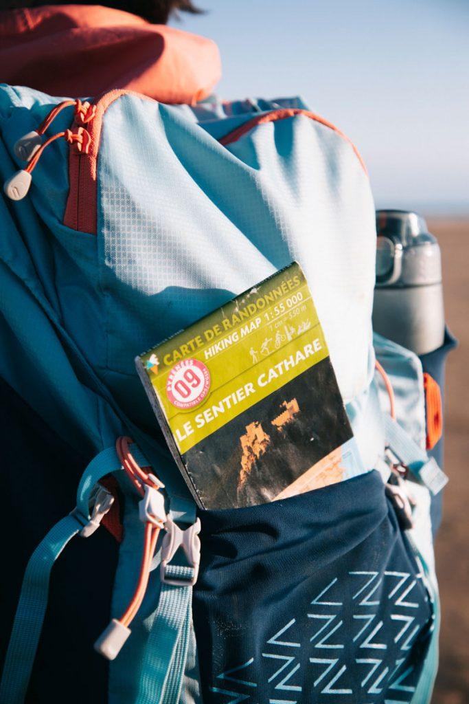 La carte IGN du sentier cathare pour préparer sa randonnée itinérante. Crédit photo : Clara Ferrand - blog Wildroad
