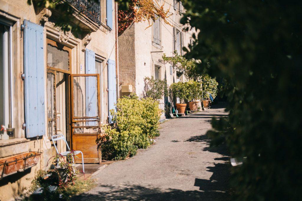 Le village de Embres-les-castelmaure. Crédit photo : Clara Ferrand - blog Wildroad