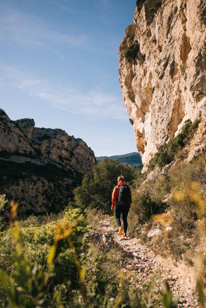 Découvrir le canyon de Padern une beauté dans l'Aude. crédit photo : Clara Ferrand - blog Wildroad