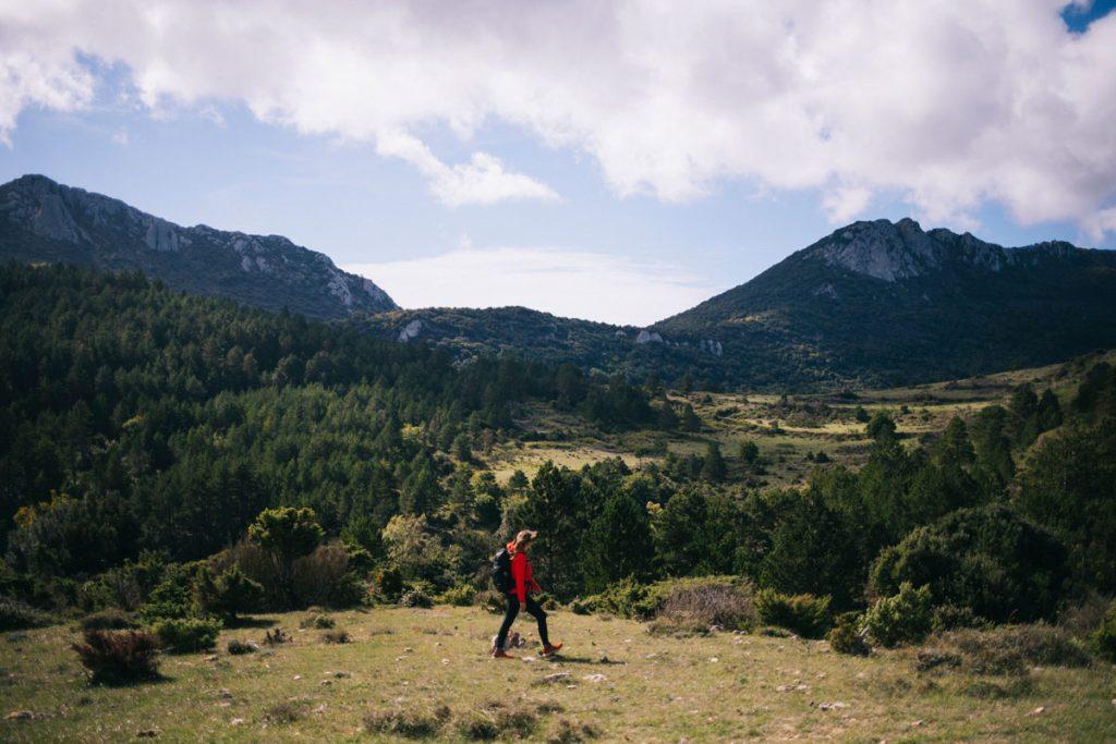 Quelle ets la meilleure période pour faire le sentier cathare dans l'Aude ? tous mes conseils pour le GR367. crédit photo : Clara Ferrand - blog Wildroad
