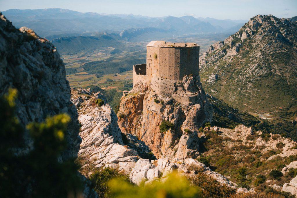 Organiser son séjour sur le sentier cathare avec une agence de voyage locale et spécialisée dans la randonnée. crédit photo : Clara Ferrand - blog Wildroad